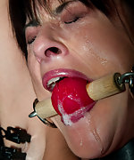 French girl is bound, tortured and made to cum