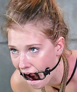 Beauty gets roped, hogtied, gagged and vibed